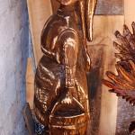 Devojche - drvena skulptura (Bitolsko mleko - BiMilk)